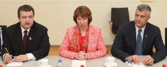 """Annäherung zwischen Serbien und Kosovo - """"Historisches Abkommen"""""""