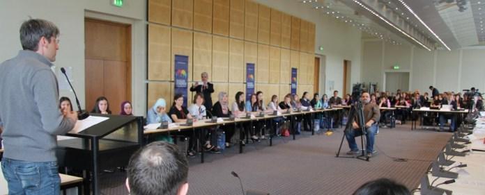 TÜDESB-Schüler im praxisnahen Demokratietraining