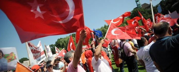 Wie viele demonstrierten nun wirklich für Erdoğan?