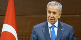 Arınç warnt vor neuer Protestwelle in der Türkei – Opposition in der Kritik