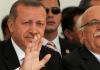 Der türkische Premierminister Erdogan und sein Bildungsminister
