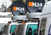 Übertragungswagen von N24 stehen am 23.02.2012 in Berlin am Gendarmenmarkt - dpa