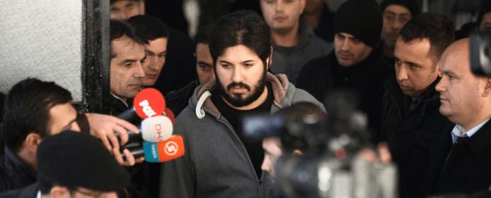 Korruptionsaffäre in der Türkei: Der iranischstämmige Riza Sarraf wird abgeführt.
