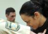 Die Angeklagte Beate Zschäpe kommt am 03.12.2013 in den Gerichtssaal des Oberlandesgerichts in München (Bayern) - dpa