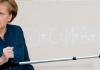 Bundeskanzlerin Angela Merkel (CDU) empfängt am 07.01.2014 im Bundeskanzleramt in Berlin jeweils vier Sternsingern aus allen 27 deutschen Diözesen.