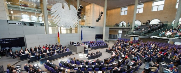 Eine parlamentarische Anfragen über die Hizmet-Bewegung wurde im Bundestag eingebracht - und diesmal auf vorwiegend deutsche Quellen gestützt.