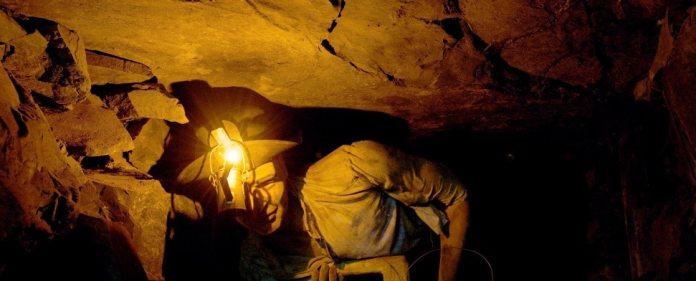 Bergwerkunglück in der Türkei: Der Bergmann Arif Dudu arbeitete am Unglückstag im Bergwerk von Soma. Er beschreibt seinen Überlebenskampf unter Tage.