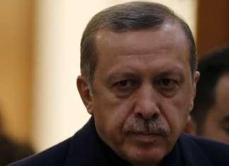 Entgegen der Ankündigung der Regierung sprach sich Präsident Erdoğan gegen ein Beobachtungs-Gremium für den Friedensprozess mit der PKK aus.
