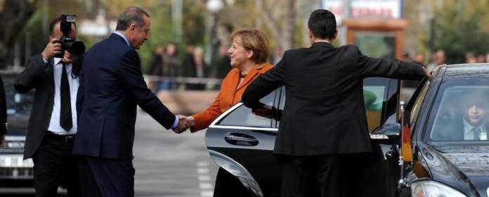 Erdogan mit Merkel