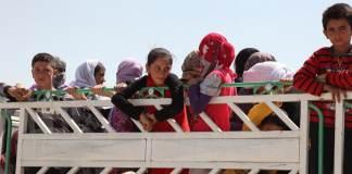 Jesiden auf der Flcuht vor dem heranrückenden IS