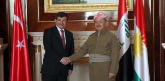 Der türkische Premierminister Davutoğlu hat während seines Besuchs im nordirakischen Arbil konkrete Schritte in der Öl- und Sicherheitspolitik angekündigt. Türkische Spezialeinheiten sollen fortan Peschmerga ausbilden.
