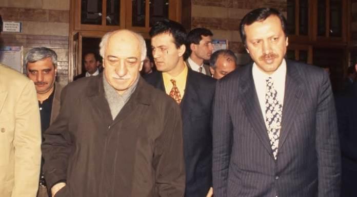 Fethullah Gülen und der damalige Bürgermeister von istanbul, Recep Tayyip Erdoğan, im Jahre 1995.