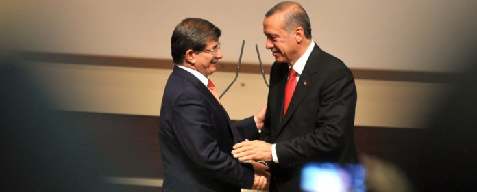Davutoglu mit Erdogan