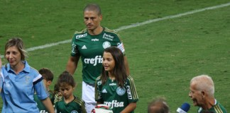 Alex de Souza hat sich von der großen Fußball-Bühne verabschiedet.