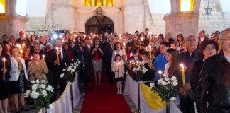 Osterfeier einer Kirchengemeinde in Hatay/Türkei.