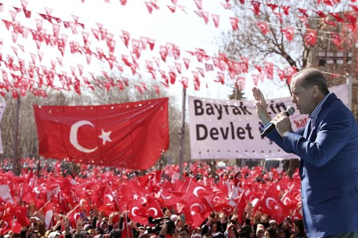 türkischer Staatspräsident Recep Tayyip Erdogan bei einer Kundgebung