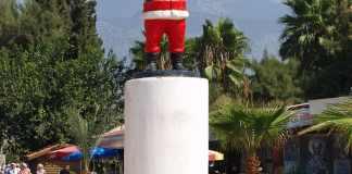 Eine Nikolaus-Statue in Demre/ Antalya