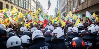 PKK Demo in Düsseldorf