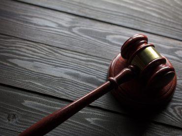 Tochter in Türkei verschleppt – Eltern und Onkel vor Gericht
