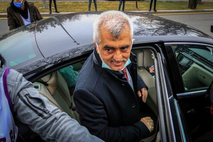 Ömer Faruk Gergerlioglu, ehemaliger Abgeordneter der prokurdischen Oppositionspartei HDP, wurde am Freitagabend in seiner Wohnung festgenommen. trifft zu einer Kundgebu
