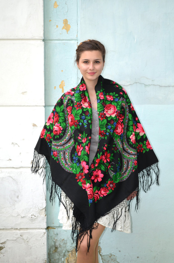 Vintage collection Russian shawl black by