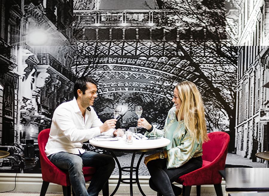 The Timeless Romance of Le Petit Paris