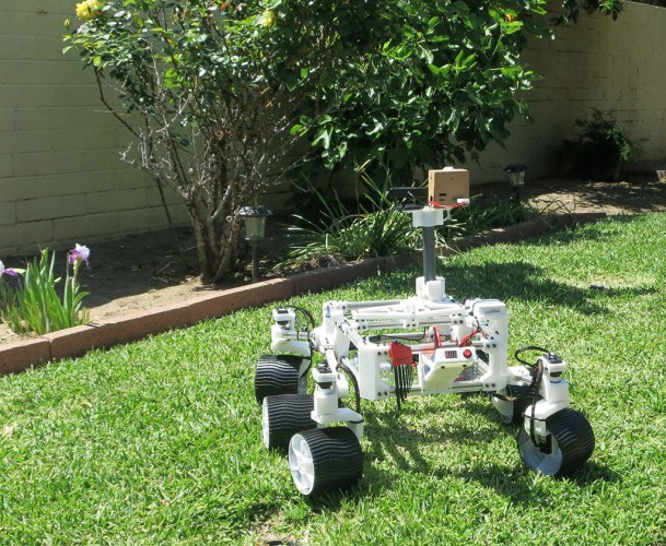 Sawppy: A Hobbyist's Mars Rover For The Backyard