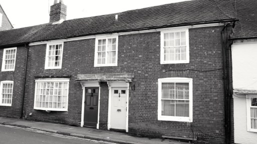 6 & 8 Sheep St Petersfield C18