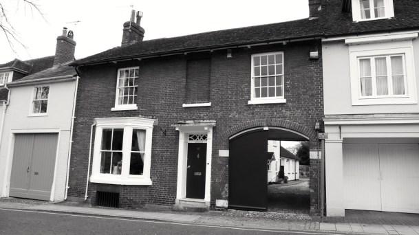 40 (Dorking Hs) Broad St Alresford C19