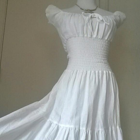 Debbie Katz  White cotton long maxi peasant sun dress from Grisetts closet on Poshmark