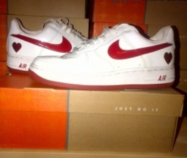 2004 Nike Air Force 1 Low Valentines Day