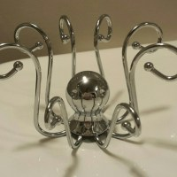 Octopus ring holder- metal silver OS from !! lo adams's ...