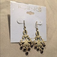 40% off Icing Jewelry - Earrings!! from Nicole's closet on ...
