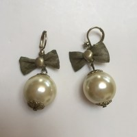 50% off Betsey Johnson Jewelry - Betsey Johnson bow pearl ...