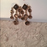 Icing - Dress up dangle earrings from Erica's closet on ...