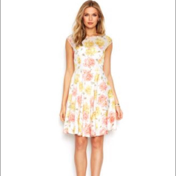 77 Off Betsey Johnson Dresses Amp Skirts Betsey Johnson