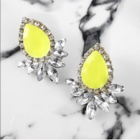 Neon color pop statement earrings. Neon yellow from !lola ...