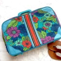 vintage - Vintage 1970s luggage floral carpet bag suitcase ...