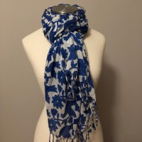 Old Navy Accessories | Trendy Doves Flowers Fringed Scarf ...