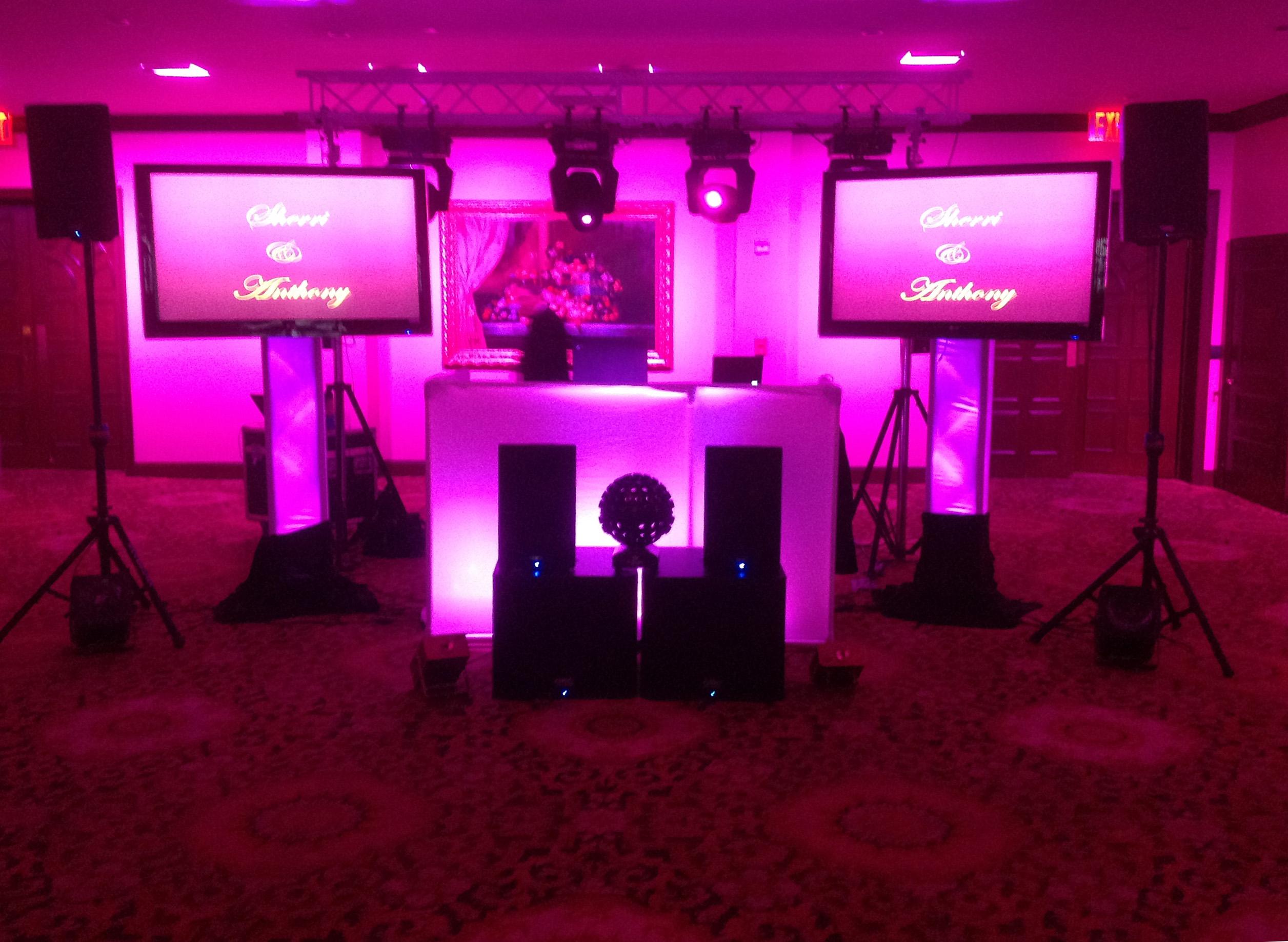 Plasma Screens  Trussing  Connecticut Wedding DJ