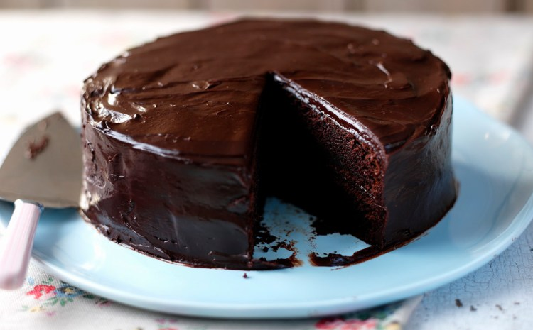 Chocolate cake using only 4 ingredients