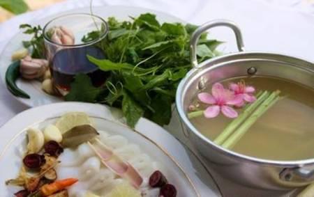 Các món ăn ở nhà hàng khu sinh thái Suối Mơ