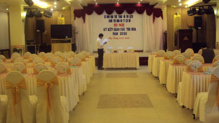 Nhà hàng - Khách sạn Quốc Tế Nha Trang