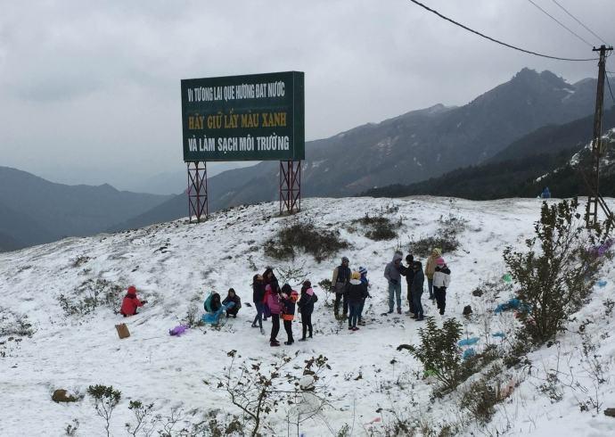 Tuyết phủ trên cổng trời Sapa