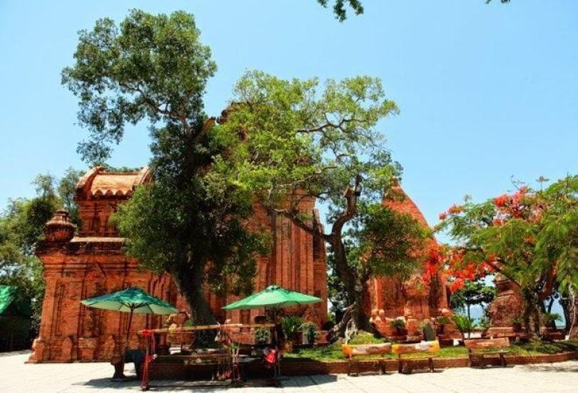 Các địa điểm nên tham quan ở Nha Trang