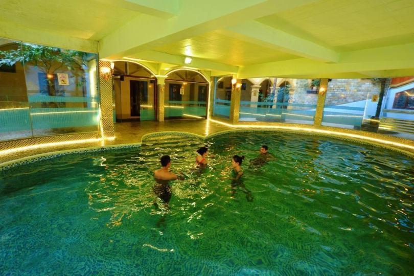 Khách sạn Sapa có bể bơi: Khách sạn Châu Long