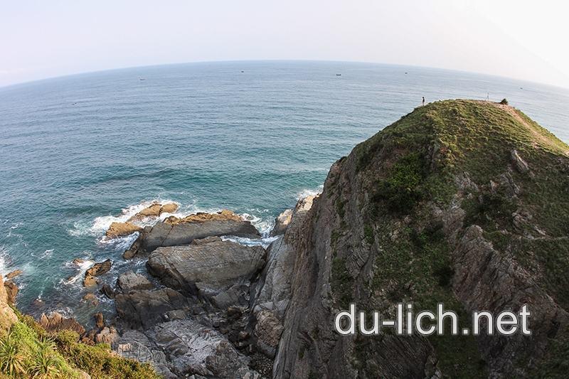 Hình ảnh bãi đá Móng Rồng Cầu Mỵ đẹp nhất ở đảo Cô Tô