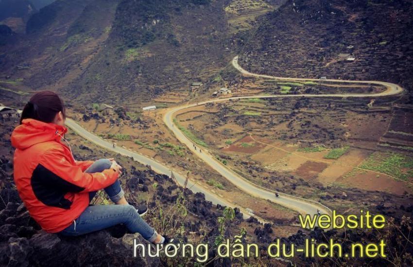 Đi phượt ở cao nguyên đá Đồng Văn, phải thuê xe máy đi mới sướng