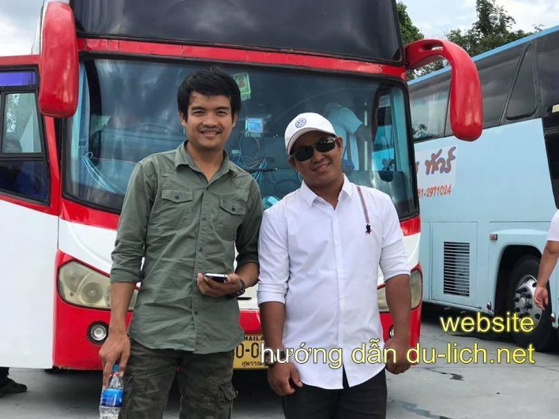 Những anh tài của xe bus đưa khách từ sân bay xuống Pattaya