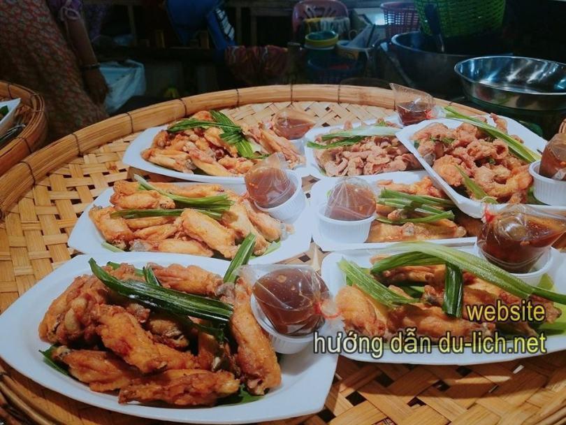 Từ Huế - Đà Nẵng đi Thái Lan: lạc vào thế giới ăn uống